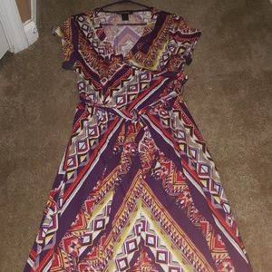 Multi-colored short sleeved dress